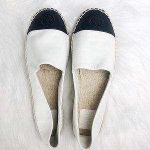 Tory Burch Slip Ons Size 9.5 In Excellent Conditio